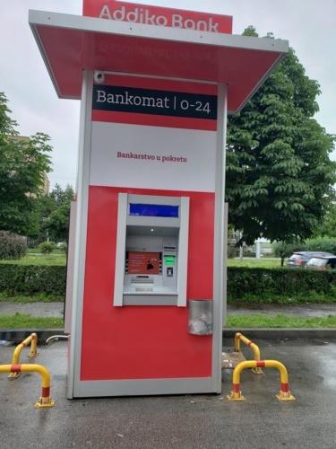 Bankomat 4